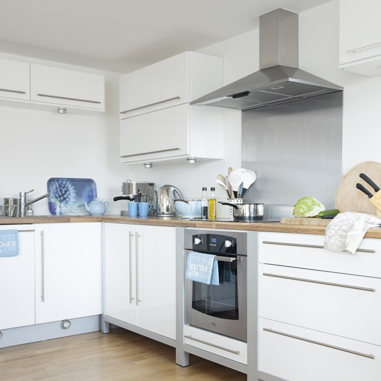 Blue And White Kitchens: White And Blue Kitchen