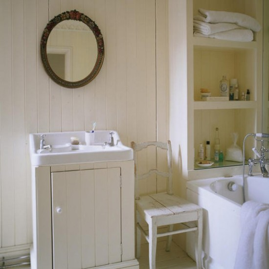 Country Style Bathroom White Paint Walls Housetohome Co Uk