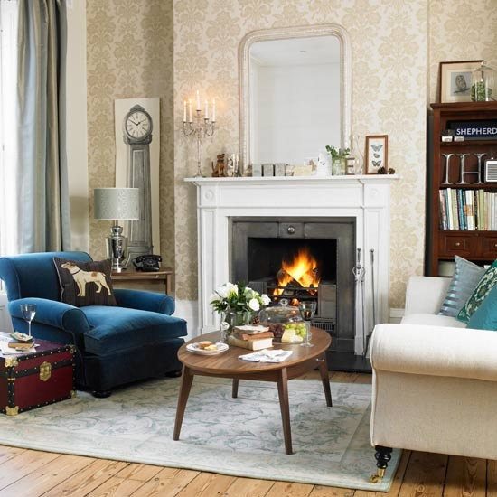 Cool Living Room Desing: Classic Living Room In Cool Colours