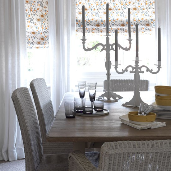 Neutral Dining Room With Printed Blinds