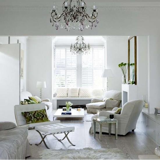 White Living Room: White Tranquil Living Room