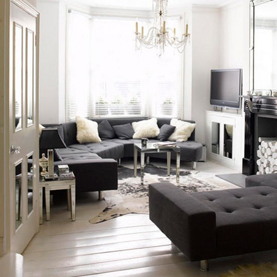 White Living Room: Elegant Monochrome Living Room