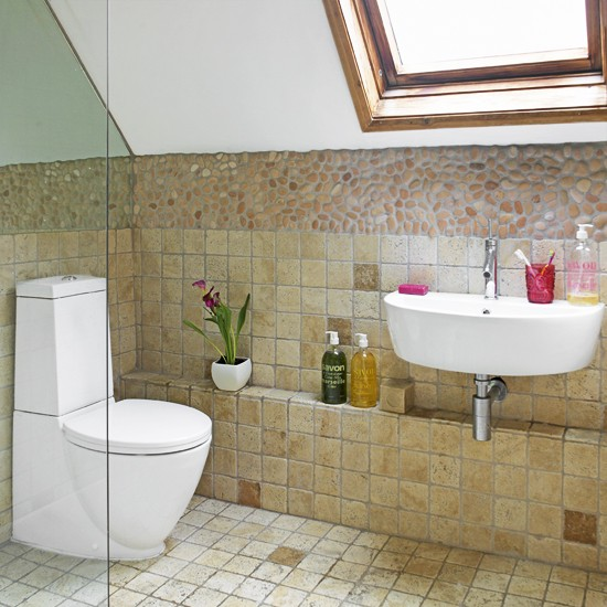 Small Ensuite Bathroom Tile Ideas: Attic Bathroom With Sloping Ceiling