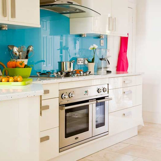 Blue glass kitchen splashback | Kitchens | Kitchens - Best of 2011 ... - Various Kitchen Splashback Designs