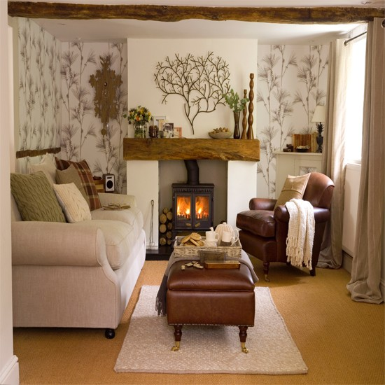 Cozy Living Room Decorating Ideas: Living Room With Woodland Wallpaper
