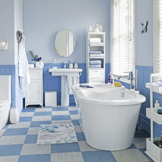 Bathroom Floor Tiling Ideas: Coastal-style Blue And White Floor Tiles