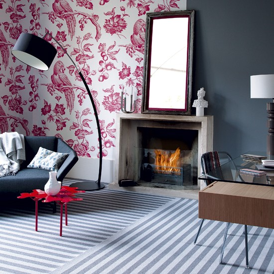 Non Traditional Wall Décor Ideas To Make A Bold Statement: Living Room With Statement Floral Wallpaper