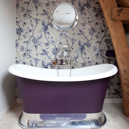 Bath Wallpaper Ideas: Small Purple Bathroom