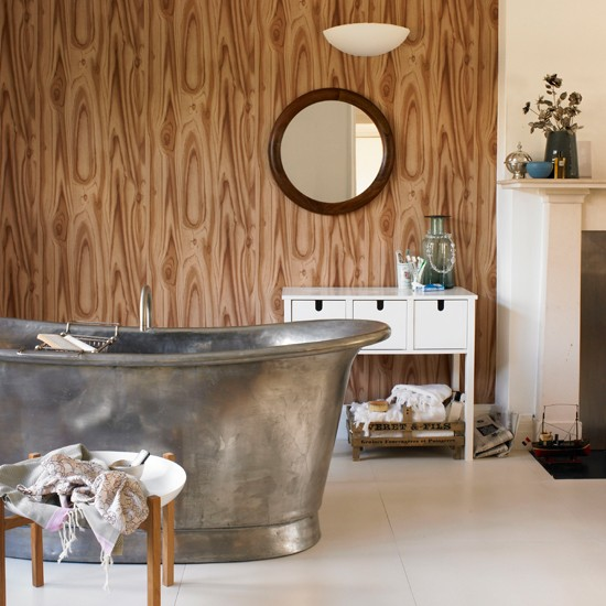 Bath Wallpaper Ideas: Wood Print Wallpaper