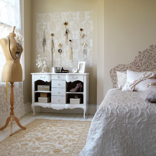Vintage Inspired Home Decor: Vintage Bedrooms To Delight You