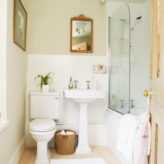 Small Bathrooms Cottage Style: Traditional Cottage Bathroom Ideas