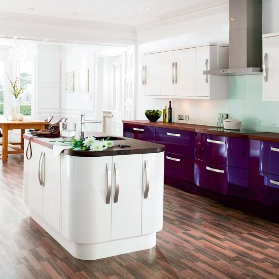 White Country Kitchen B Q: Mixed-finish Kitchens - 10 Best