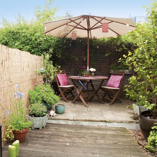 Modern Homes Garden Designs Ideas: Simple Secluded Garden