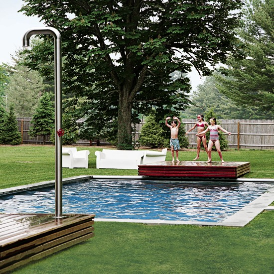 Garden with swimming pool modern family house tour usa - Houses in england with swimming pools ...