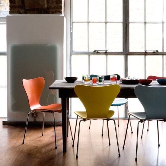 the series 7 chair by arne jacobsen livingetc 39 s design. Black Bedroom Furniture Sets. Home Design Ideas