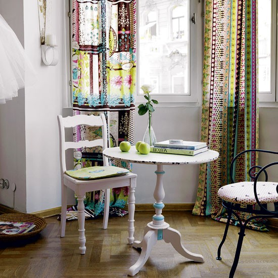 Bay Window Decoration: Step Inside A Technicolour