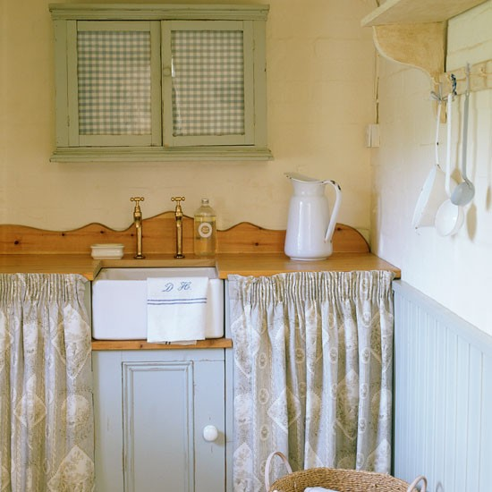 Skaker-style Kitchen Cupboard Door Knobs
