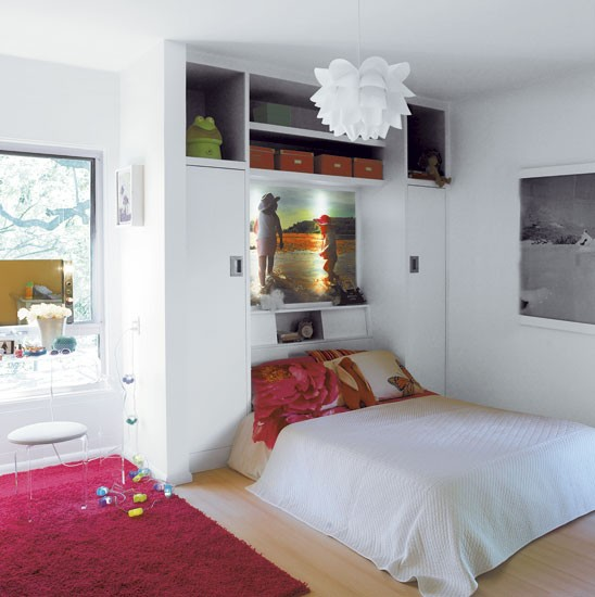 Modern Girly Bedroom: Rachel Griffiths' Mid-century
