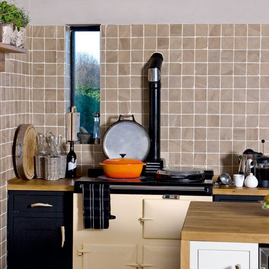 Steps To Create A Cosy Kitchen: Step Inside A Cosy Fisherman's Cottage In