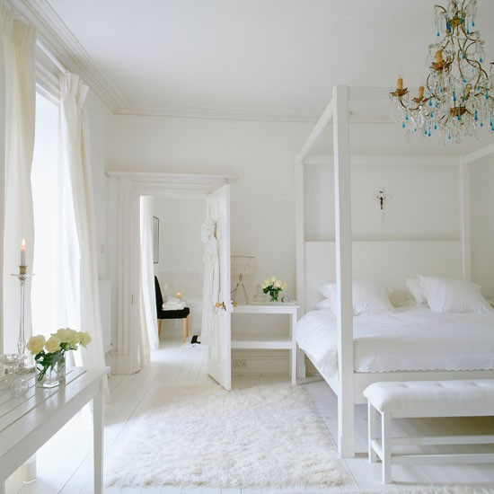 White Bedrooms Images: Chunky, White Four-poster Bed