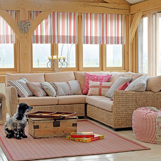 Decorating With Stripes For A Stylish Room: Pink Striped Living Room