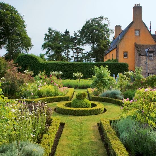 Romantic Garden Designs: Romantic Garden: Romantic Gardens Photos