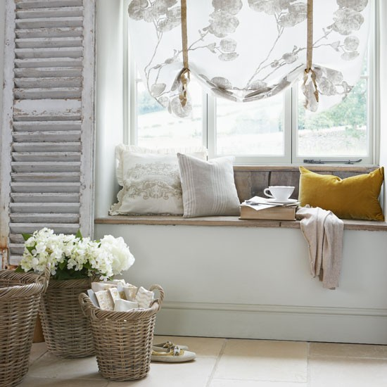 Frame a window with shutters and blinds how to create a - Shutters for decoration interior ...