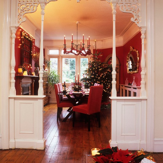 Homes Decorated For Christmas On The Inside: Festive Dining Room Entrance