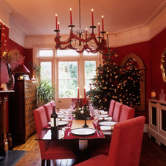 Homes Decorated For Christmas On The Inside: Step Inside This Cosy Christmas