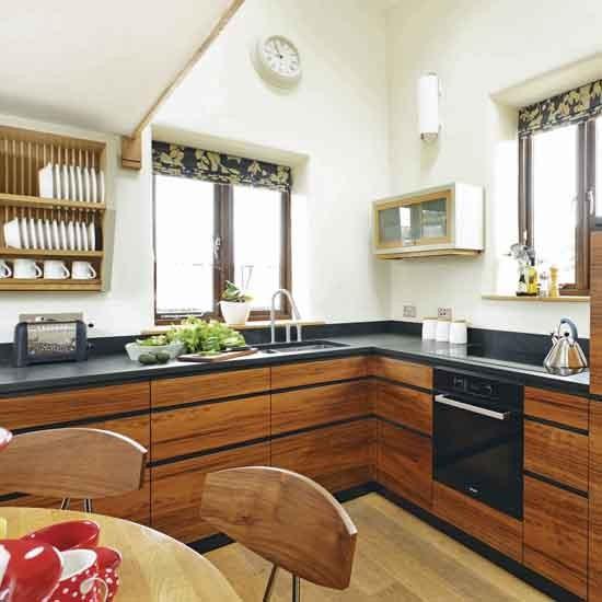 Walnut Kitchen Cabinet: Take A Tour Around This Bespoke