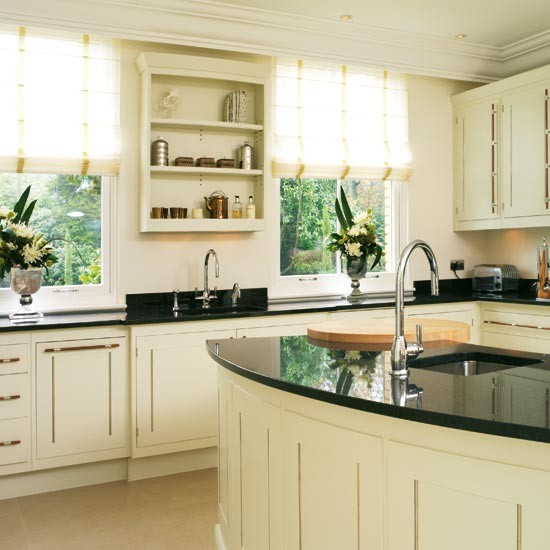 Painted Kitchen Ideas For Walls: Take A Tour Around A Timeless Hand-painted