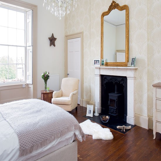 Romantic bedroom with fireplace | Bedroom decorating ideas ...