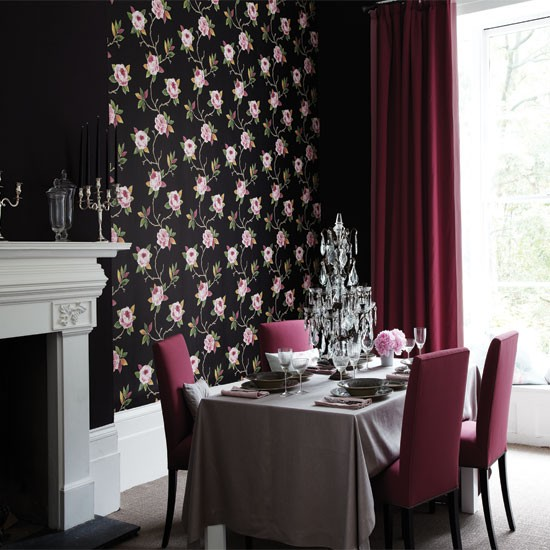 Dramatic dining room with feature wall | Dining room ...