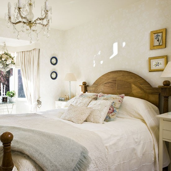 Mansion Master Bedroom: 1930s House Tour - 25 Beautiful Homes