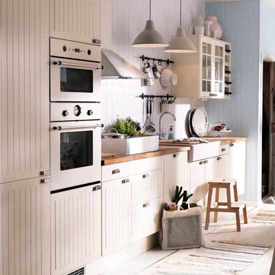Budget Kitchens - 10 Of The Best