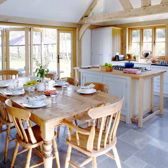 Inside Peek Kate S Dining Room Kitchen: Real Homes - A Cosy Cottage In Kent