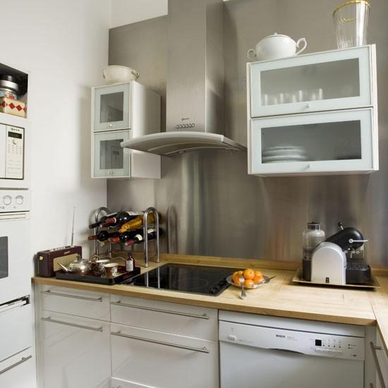 small kitchen with statement splashback small kitchen design ideas. Black Bedroom Furniture Sets. Home Design Ideas