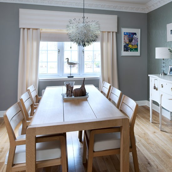 New England Style Residence: Take A Look Around This Light-filled ...