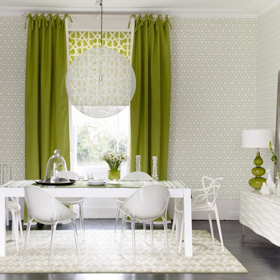 Green Dining Room: Green And White Dining Room