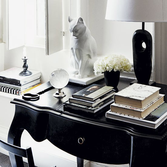 Monochrome Art Deco-style Home Office
