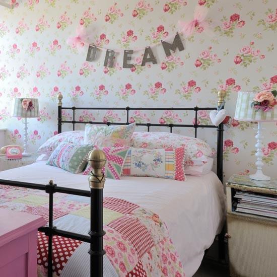 Girly Teenage Bedroom Designs: Teenage Bedroom Ideas
