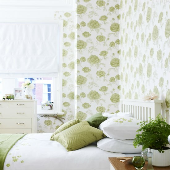 Bedroom Wallpapers 10 Of The Best: Go For Oversized Florals