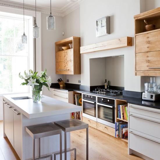 Modern Victorian Kitchen: Light And Airy Modern Kitchen