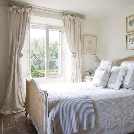 French Country Bedroom: French Country House