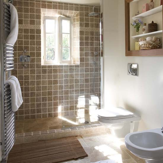 En Suite Bathrooms For Small: French Country House