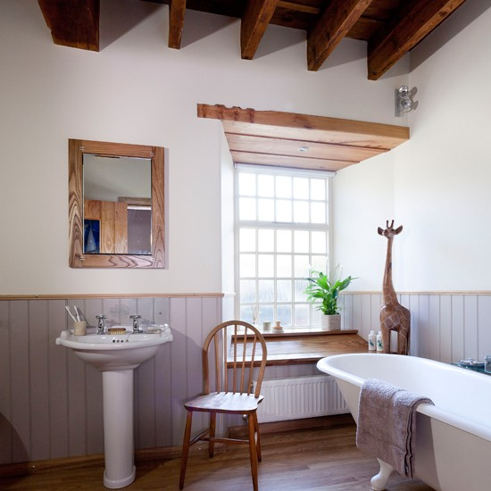 Traditional Bathroom With Period-style Fittings
