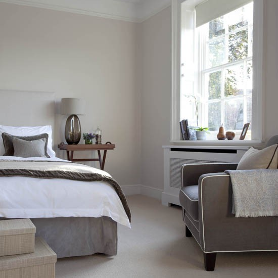 Cream Bedroom Decor: Traditional Bedrooms - 10 Decorating Ideas