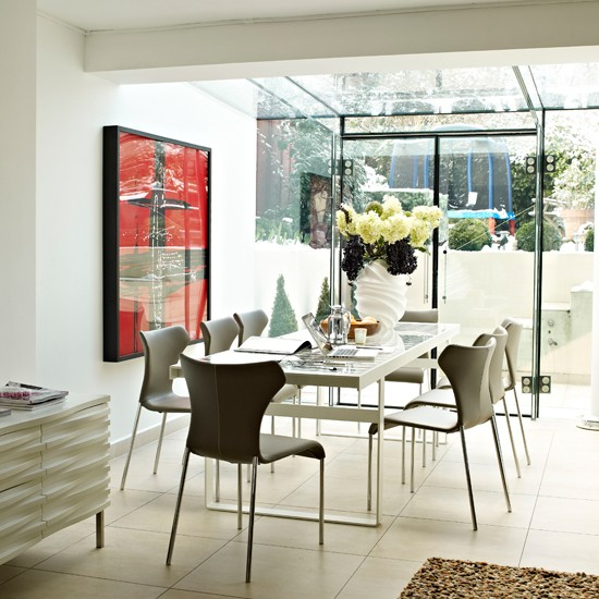 Glass Dining Room: Dining Room With A Gslass Ceiling
