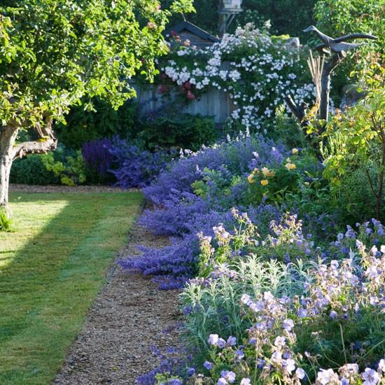 Great Idea For Garden Border: Housetohome.co.uk
