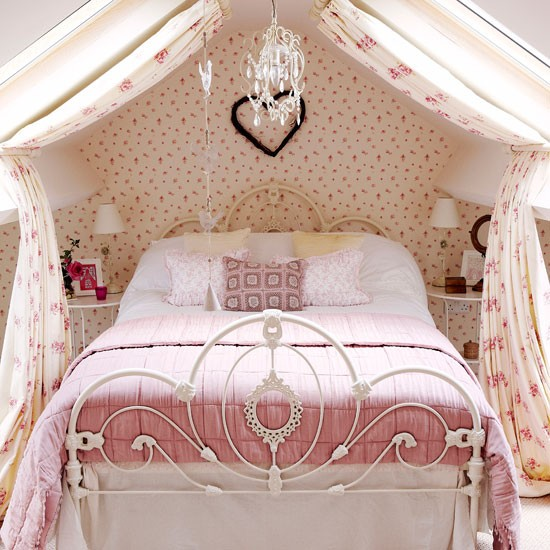 Modern Girly Bedroom: Pink And Girly Country Bedroom